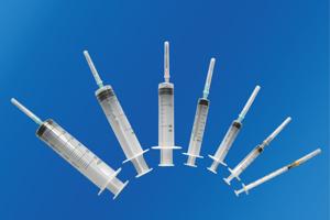 Hình ảnh nhóm sản phẩm Bơm, kim tiêm, dây truyền, găng tay và vật tư y tế  sử dụng trong chăm sóc người bệnh